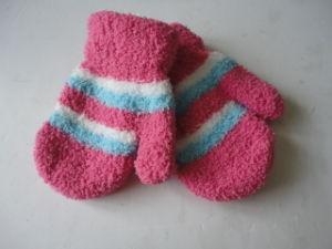 Children Winter Warm Cotton Knitted Gloves pictures & photos