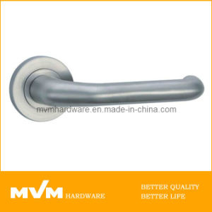 Stainless Steel Door Handle on Rose (S1141) pictures & photos