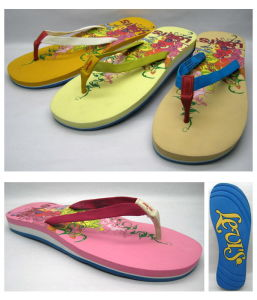 Fashion Lady′s EVA Flip Flop with Flower Printing pictures & photos