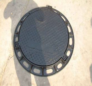 Ductile Iron Manhole Cover with Round Frame with SGS Approval pictures & photos