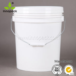 Food Grade Plastic 5 Gallon Bucket with Handle and Lid pictures & photos