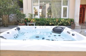 Christmas Gift Jacuzzi SPA Hot Tub pictures & photos