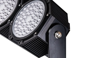 2016 New 840 Super Bright LED Football Lights with IP66 pictures & photos