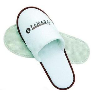 Colored Printing Logo Soft Disposable Hotel Slipper Shoes pictures & photos