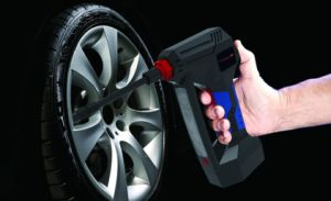 12V DC Portable Air Compressor Pump, Digital Tire Inflator by 150 Psi pictures & photos