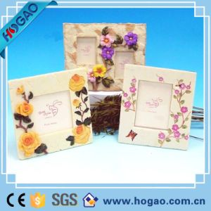 Polyresin Picture Frame Beautiful Flowers on Edge pictures & photos