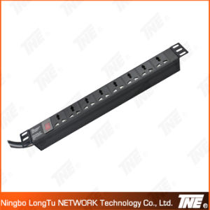 19′′ 8way Universal Socket PDU with 2 Meter Cable and Switch pictures & photos