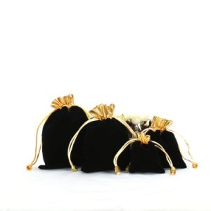 Custom Black Velvet Pouches with Gold Trim (CVB-1062) pictures & photos