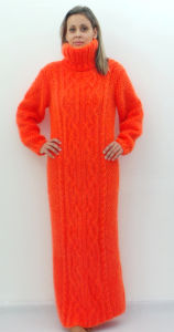 Hand Knitted Winter Dress Made to Order pictures & photos