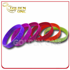 Custom Personalised Colorful Raised Logo Silicone Wristband pictures & photos