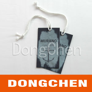 Custom Printing Folden Paper Clothing Hang Tags pictures & photos