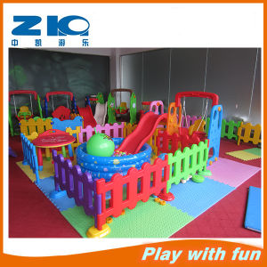 Plastic Fence for Children Play Fun pictures & photos