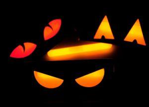 2015 New Halloween Prop Magic Glow Box (MH10100) pictures & photos