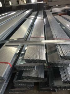 Factory Price Carbon Z Shape Steel Beam for Steel Buildings pictures & photos