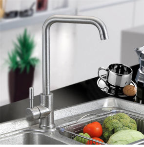 Ss Kitchen Faucet, Single Handle, Hot and Cold Water pictures & photos