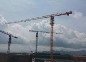 Flat Top & Luffing Tower Crane pictures & photos