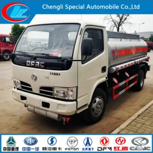 2015 Hottest 4X2 Small Fuel Tank Truck pictures & photos