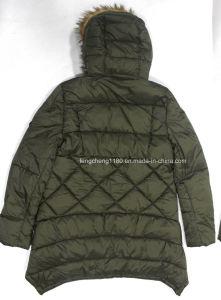 Women′s Winter Outdoor Jacket with Fur Hoody pictures & photos