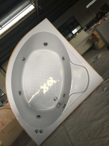 1400*1400mm Simple Massage Indoor Bathtub (CL-340) pictures & photos
