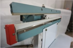 Foot Operation Sealing Machine for Pouch Bag Film Packing pictures & photos