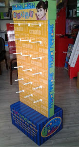 Wholesale Paper Cardboard Hook Hanging Counter Display Box pictures & photos