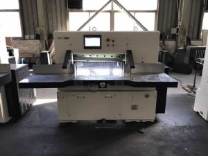 Program Control Paper Cutter (78E) pictures & photos