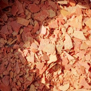 Yellow Red Flakes Sodium Sulfide/Sodium Sulphide 60% pictures & photos