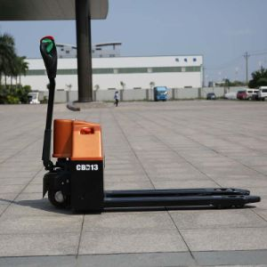High Eifficiency Ce Standard 1.5t Semi-Electric Self Propelled Pallet Truck (CBD15) pictures & photos