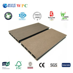 Hot Selling WPC Composite Decking with Fsc Certification