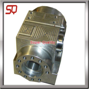 Iron Casted CNC Machinied Automotive Part pictures & photos