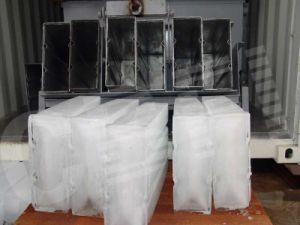 Mobile Supply Water CE Certification Containerized Ice Block Machine pictures & photos