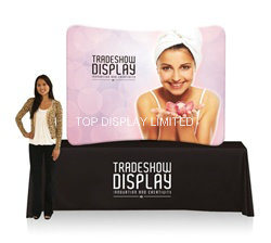 8′ X 8′ Waveline Tension Fabric Display Curved Fabric Exhibition Stand - with Single-Sided Graphics, H2280 X W3160 X D538 mm Display pictures & photos