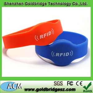 Free Sample and Custom RFID Silicone Wristbands for Party