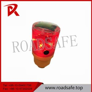 Solar-Powered Warning Light LED Yellow Flashing Light pictures & photos