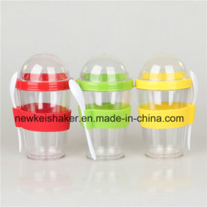 Hot Sell Promotion Gift Yogurt Cup with Spoon pictures & photos