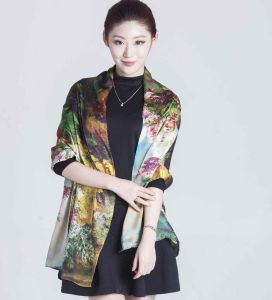 2017 Hot Sale 100% Silk Scarf  for Women pictures & photos