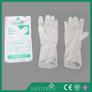 Hot Sale Medical Disposable Sterilized Latex Surgical Gloves Without Powder (MT58064111) pictures & photos