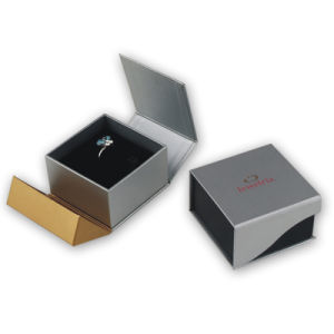Promotional Jewelry Packaging Box with Magnet pictures & photos
