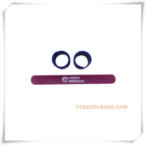 Simple Style Silicone Slap Wrist Band for Promotional Gifts (OS14026) pictures & photos