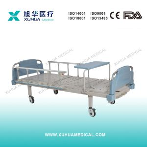 Full Fowler Manual Hospital Bed with Turning Over Table pictures & photos