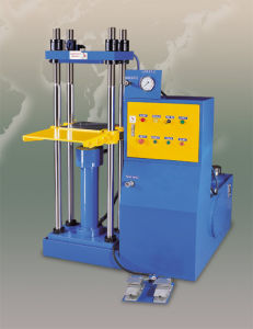 Yp Series Powder Metallurgy Oil Hydraulic Press Machine pictures & photos