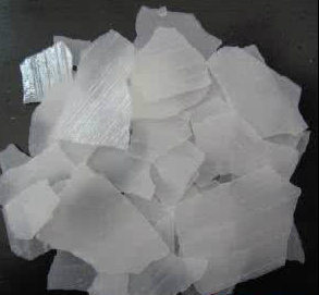 Used for Soap and Dyes Caustic Soda Flakes &Granule 99% pictures & photos