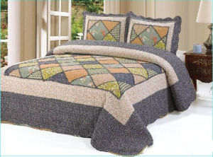 2015 Hot Handmade Patchwork Bedspread pictures & photos