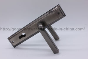 Aluminum Handle on Iron Plate 100 pictures & photos