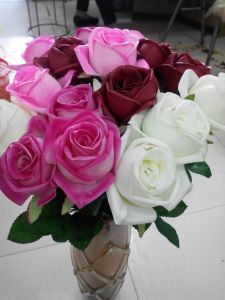 Artificial Flowers of 5 Heads Rose Gu-Jy915221446 pictures & photos