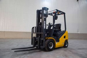 XCMG 1.5 Ton Mini Forklift Diesel Forklift Truck for Warehouse pictures & photos