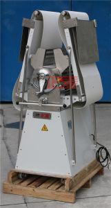 Restaurant Equipment Hot Sale Small Dough Sheeter Machine (ZMK-650) pictures & photos