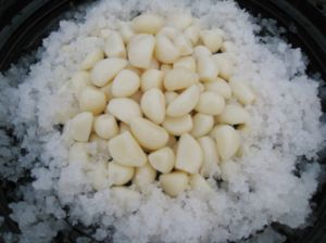 Small Garlic Clove for Stuffing 800-1000PCS pictures & photos