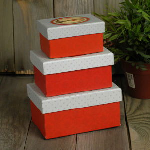 Custom Small Printed Paper Nesting Boxes for Gift Packaging pictures & photos