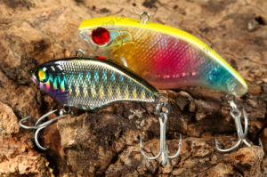 Sinking Vib Plastic Fishing Lure with 3D Eyes (HMLA55-60) pictures & photos